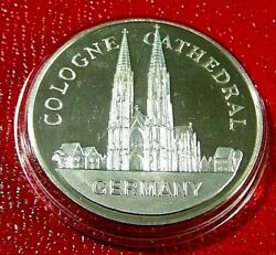 Cologne Cathedral-germany Art Round 1troy Oz.925 Proof Silver-wonders Of Mankind