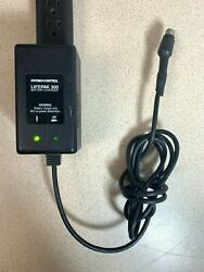 Physio Control Lifepak 300 Battery Charger 5-pin 804906-02