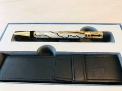 Parker Ballpoint Pen Discontinued Duofold Pearl/black And Gold Trim Pm06140