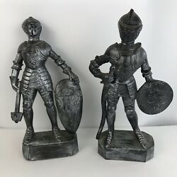 Lot Of 2 Vintage Plastic Knight Figures Statues 11 Hong Kong