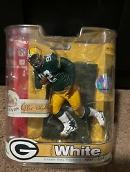 Mcfarlands Legend Collection Reggie White In His Packer And Eagles Uniform