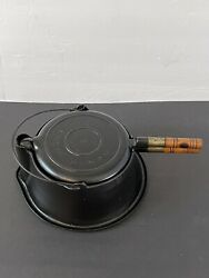 Vintage Wagner Cast Iron Waffle Maker Iron Number 8 Wooden Handles 1910