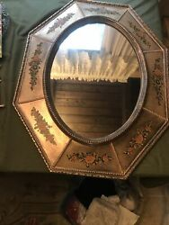 Perfect Antique Turner Wall Accessory Oval Octagon Mirror