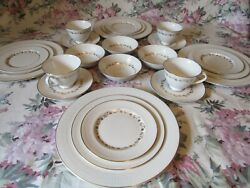 Royal Doulton Fairfax Dinner Plate 4 -6 Pc. Place Setting 24pc.