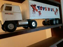 1966 Structo Car Carrier And Vintage Ertle Toy R Us Tractor Trailer