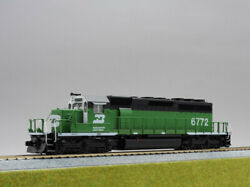 Ho Scale Kato 37-6601a Emd Sd40-2 Mid Burlington Northern 6772 From Japan H0