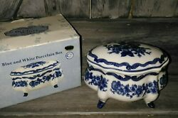 Chinese Chinoiserie Porcelain Blue And White Floral Design Bowl Box 7l X 4.5andrdquo H
