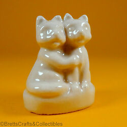 Wade Whimsies 2006/08 - Set 6 Usa Red Rose Tea Pet Shop Friends White Kittens