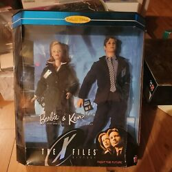 Barbie And Ken The X-files Giftset Scully Mulder Fight The Future 1998 90's New