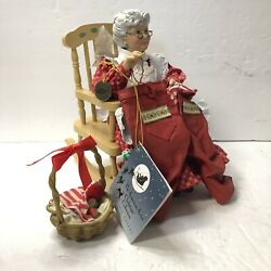 Retired Possible Dreams Clothtique The Woman Behind Christmas Mrs Claus 1998
