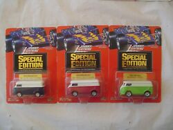 Vintage Johnny Lighting - Special Edition Lot Of 3 - 60 S. Vw Bus 1/ 64 Scale
