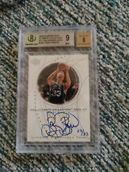 Larry Bird 2002-03 Ultimate Signatures 23/33 - Ultimate Collection Autograph