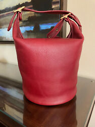 Vintage Coach Duffle Sac Style 9085 bucket bag Tomato Red $180.00