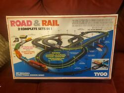 Tyco Road And Rail Ho Slot Car And Train Set Us1 New Unopened