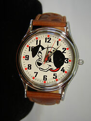 New Disney 101 Dalmatians Lucky Limited Edition Collectors Series Fossil Watch