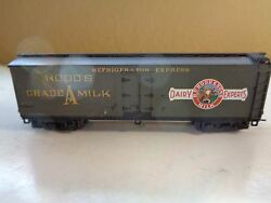 n scale hood grade a milk box car knuckle
