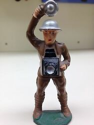 barclay manoil toy soldier m92a cameraman