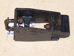 92 - 97 Ford F-450 F-super Duty Front Axle Leaf Spring Frame Jounce Pad Bracket