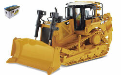 Cat D8t Track Type Tractor 150 Model Diecast Masters