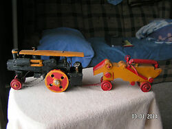 Folk Art –steam Engine, Thresher, And Oxen Pulled Water Wagon. Very Old.