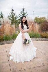 Wedding Dress Cream And White Size 14 With Belt And Skirt