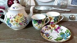 Heirloom Fine Bone China English Tea Set Floral Made In England Six Cup Teapot