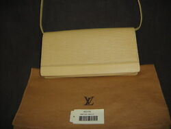 LOUIS VUITTON Epi Vanille Honfleur 2 Way Clutch Bag Wristlet M5273A