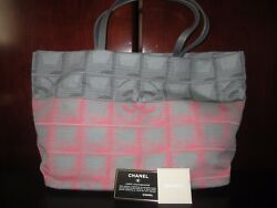 AUTH. NEW CHANEL GRAY AND PINK CHECKERBOARD SHOPPING TOTE BAG