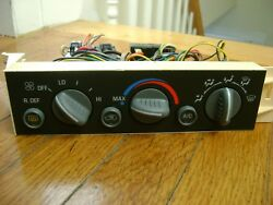1995 CHEVY TAHOE SUBURBAN YUKON HEATER CLIMATE CONTROL UNIT OEM.