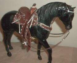 cm Breyer  trad sized Saddle Set . tackmodel horsesstone Glow in Dark BS