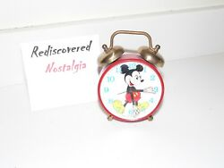 Vintage Animated Eyes Mickey Mouse Twin Bell Novelty Wind Up Alarm Clock Disney