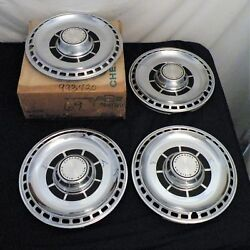 Nos 68-69 Chevy Chevelle Accessory 14 Wheel Trim Covers Hub Caps Nice 993720