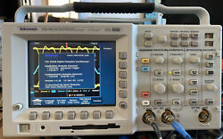 Tektronix Tds 3012b 100mhz, 1.25gs/s. Real 500mhz, 5gs/s