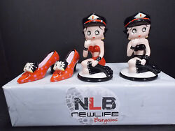 2006 Betty Boop Salt And Pepper Shakers 5¼ And 4¼ Broken Arm