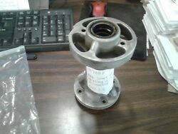 Omc Johnson Evinrude Prop Shaft Bearing Housing And Seal Assembly Nos Part 39708