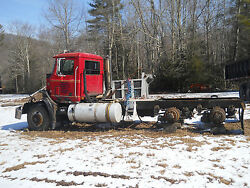 1995 Mack CH613 Rear Axle Housings with Pilot Hubs Brakes Axles and Bearings