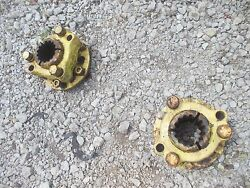 1951 John Deere A Tractor Jd Main Rear Axle Hub Hubs And Wedge Collars And Sq Bolts