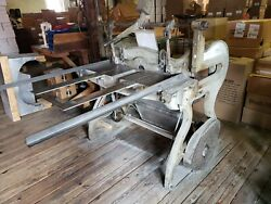 Niagara All Electric Metal Squaring Shear well used Grey in working condition.
