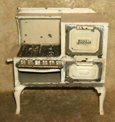 Circa 1920and039s Arcade Manufacturing Co. Cast Iron Toy Roper Gas Stove