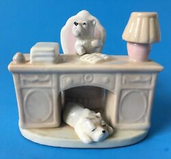 Vintage Westie Dogs on Desk Figurine West Highland Terriers Unsigned Taiwan