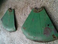 Oliver 770 Rowcrop Tractor Original Set / Pair Oliver Clamshell Fenders
