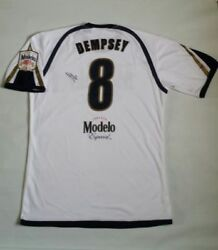 Clint Dempsey Hand Signed Modelo Especial Soccer Jersey Size L