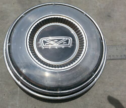 1970and039s Ford Hubcap Center Old Dog Dish Baby Moon Oem Factory Original