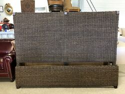 Universal Furniture Woven Wicker Seagrass King Size Panel Bed 113220
