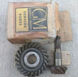 Nos 1946 1955 Chevy Truck 2 Speed Rear End Ring Gear And Pinion Unit Original Gm