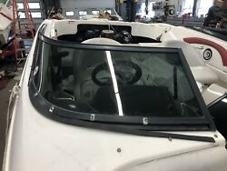 Curved Glass Windshield 2007 Larson 180 Sei Starboard Side And Center Door