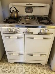 O'keefe And Merritt 1950s Vintage Stove