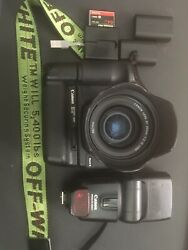 Canon Eos 5d Mark Ii 21.1mp Dslr Combo W/35mm F2 And Battery Grip 1900+ Value