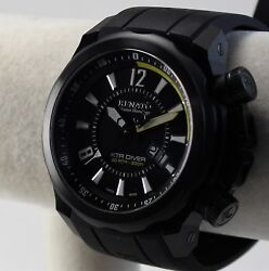 Swiss Made Menand039s Renato Master Horologe Xtr Diver Watch Black Dial W/yellow