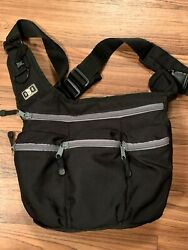 Diaper Dude Messenger Diaper Bag Black With Gray Zippers Great Buy $10.00